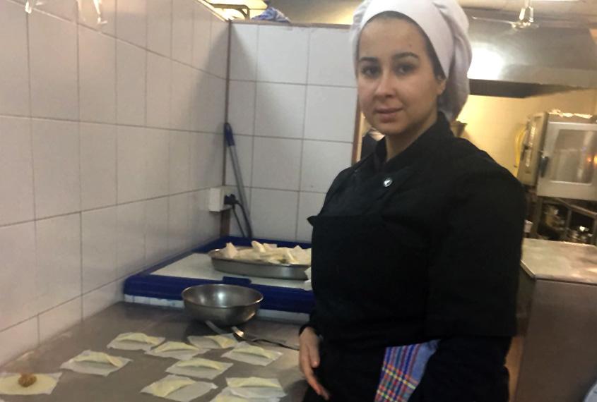 Loubna, ex alumna de cocina, nos cuenta su experiencia de éxito