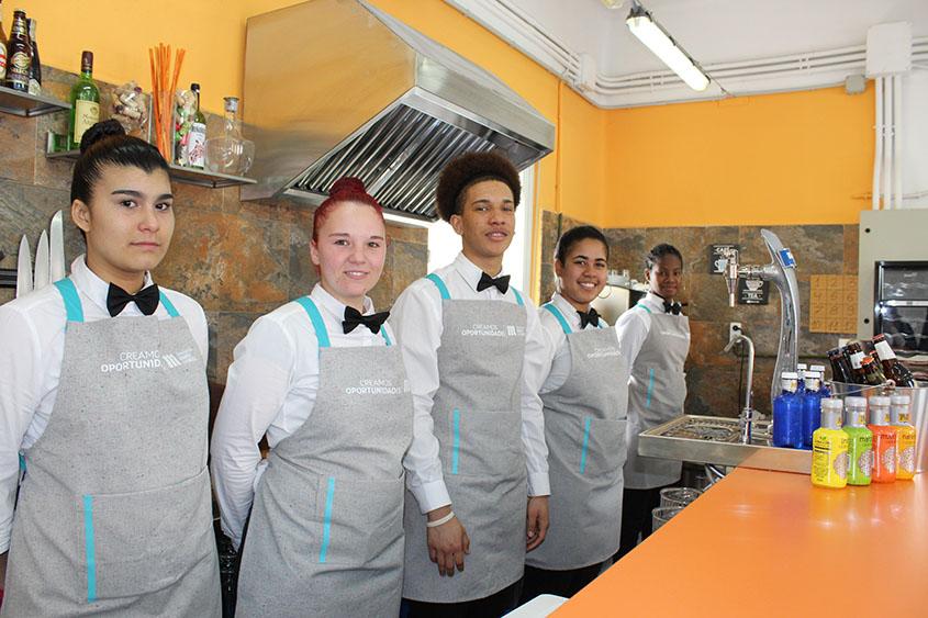 """""""Tu primer Servicio"""" #CreamosOportunidades en Hostelería con Fundación Mahou San Miguel"""