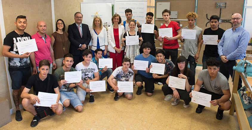 La Fundación Endesa entrega los diplomas a la IV promoción del programa de instalaciones electrotécnicas Aula Endesa