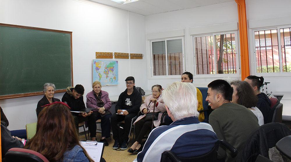 Una distancia de hasta 40 años en los Encuentros intergeneracionales en las aulas de Norte Joven