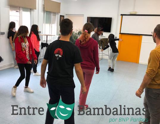 """""""Entre Bambalinas"""" talleres de teatro para promover la integración y la educación en valores"""