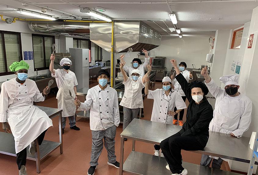 Más de 4.700 raciones entregadas con los catering solidarios de Norte Joven