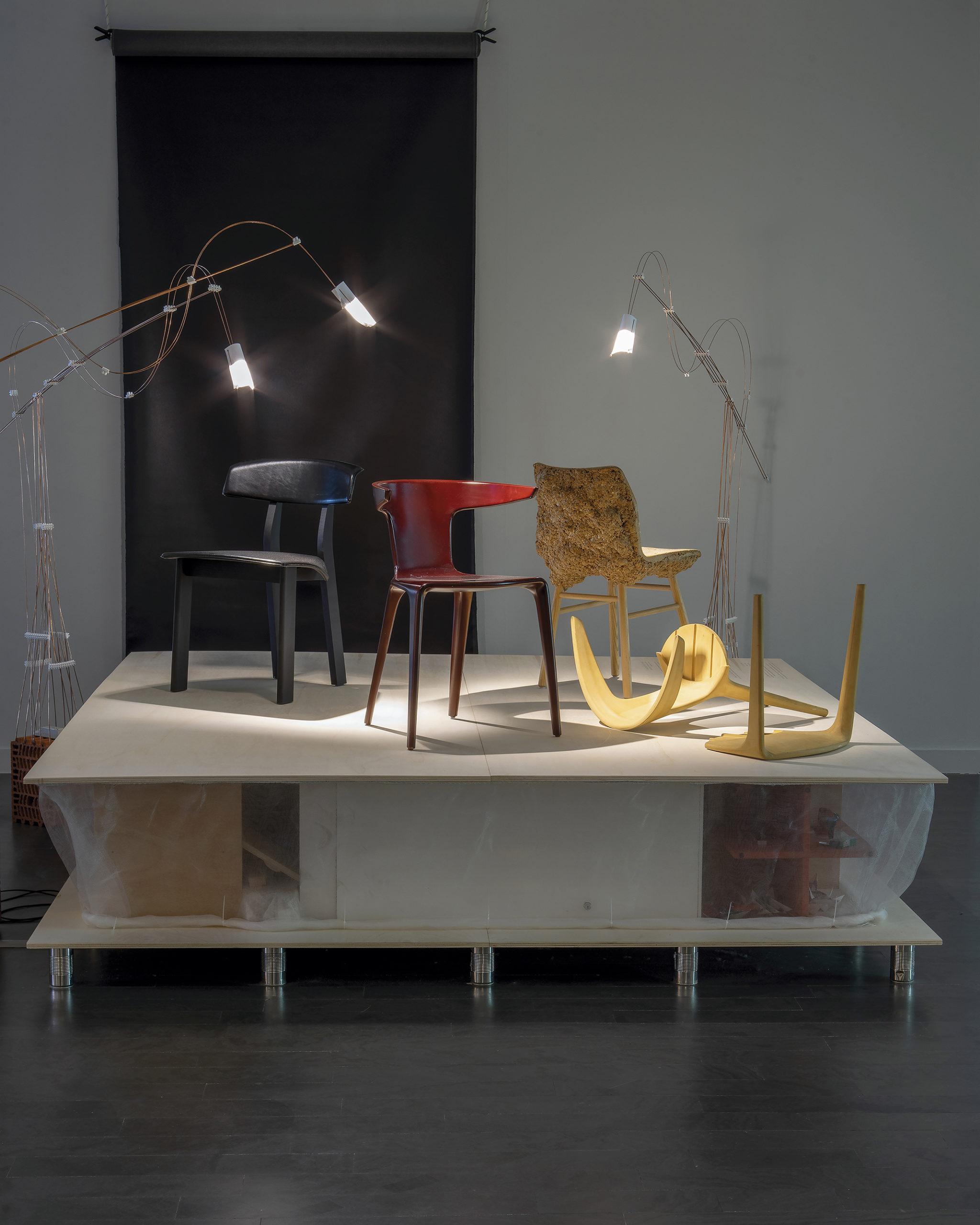 Lámparas de diseño de la exposición Materia Gris